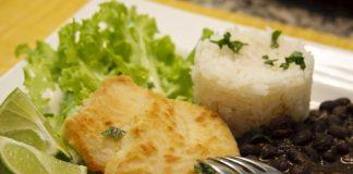 peixe arroz feijão
