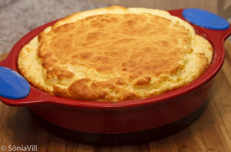 Leveza e sabor com suflê de queijo