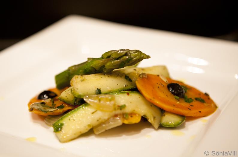 Salada quente de legumes