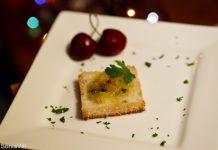 Canapés de manteiga de ostras