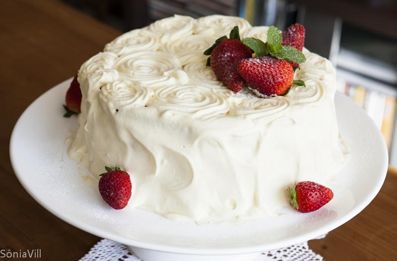 Dois anos de blog, e um bolo para comemorar