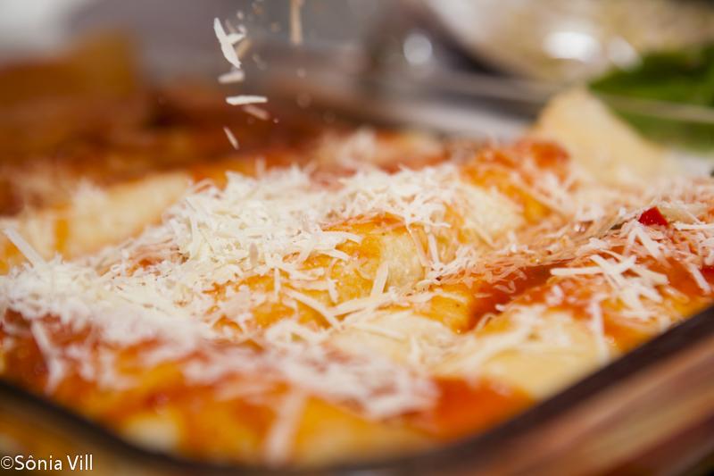 Panqueca molho queijo