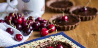 torta chocolate cerejas