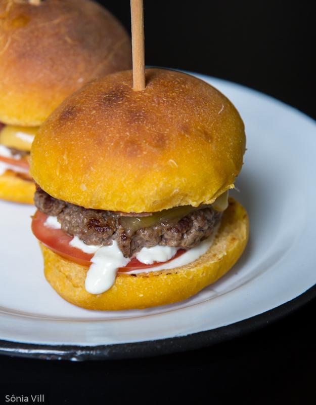 hambúrguer pão de abóbora