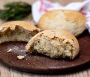 Pão de batata com alecrim fácil de fazer