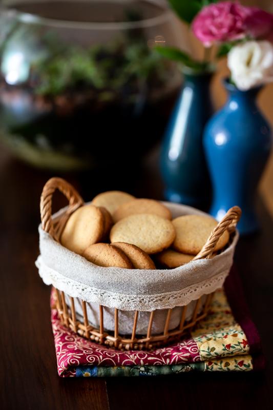 Biscoitos de nata com amêndoas