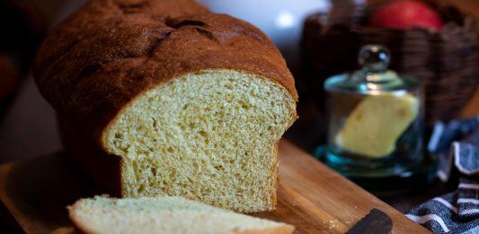 Pão de fubá com leite coco